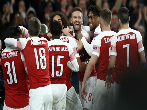 Arsenal như hổ mọc thêm cánh khi có được bom tấn
