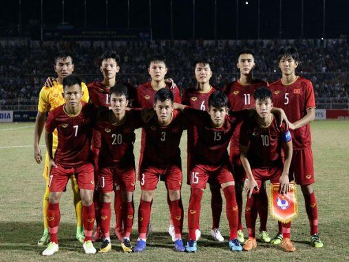 U18 Việt Nam vs U18 Campuchia: Lách qua khe cửa hẹp