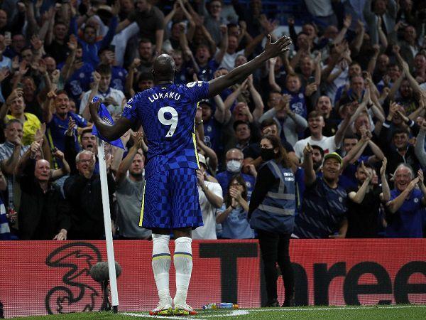 Tin HOT bóng đá 13/9: Romelu Lukaku ăn mừng đến rách cả tất
